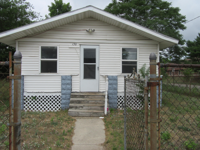 130 E Barney Ave Muskegon Heights, MI 49444