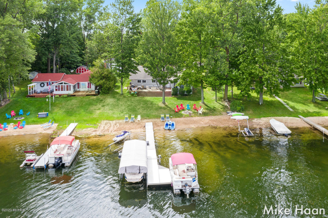 13870 Cowden Lake Dr Coral, MI 49322
