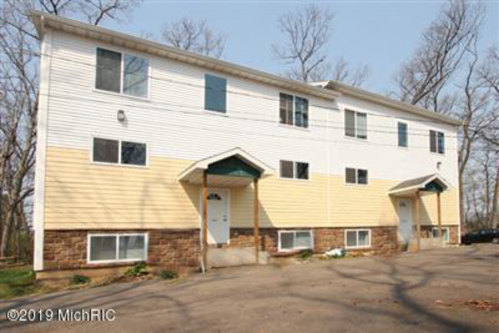 1329-1331 Knollwood Ave Kalamazoo, MI 49006