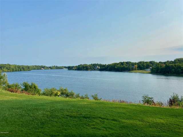 Lake St Hart, MI 49420