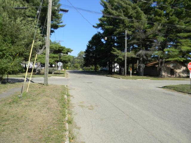 399 Marion Ave Barryton, MI 49305