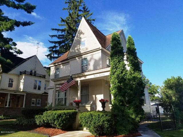 312 S Warren Ave Big Rapids, MI 49307