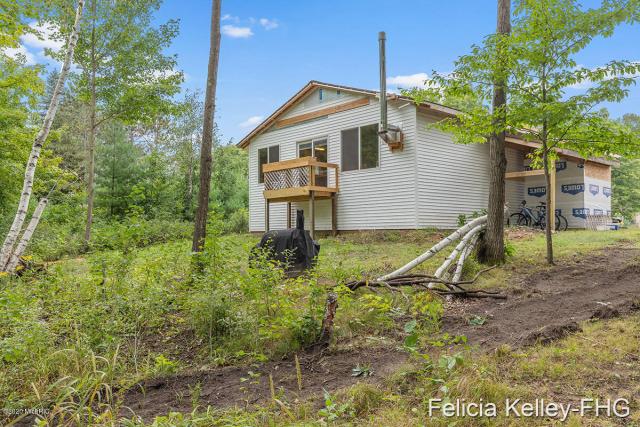 17645 Old Logging Trail Rd Hersey, MI 49639