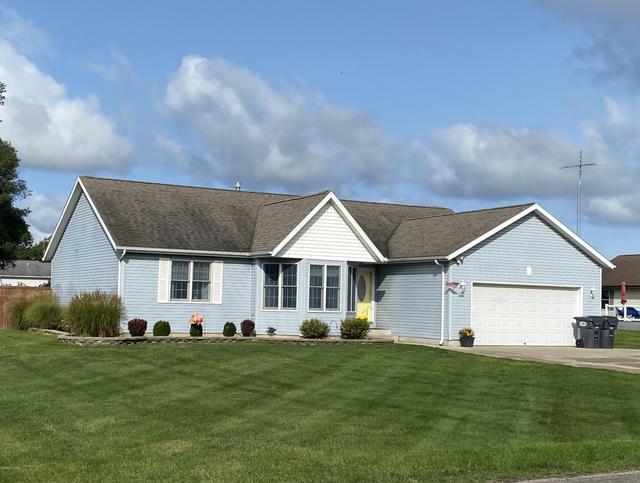 3036 Briarwood St Benton Harbor, MI 49022