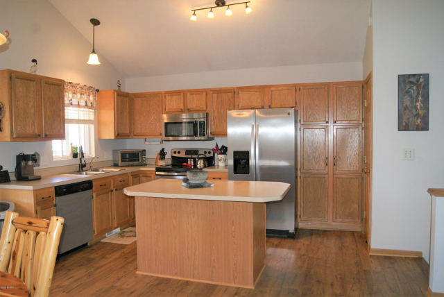 9566 Timberline Ct Newaygo MI 49337