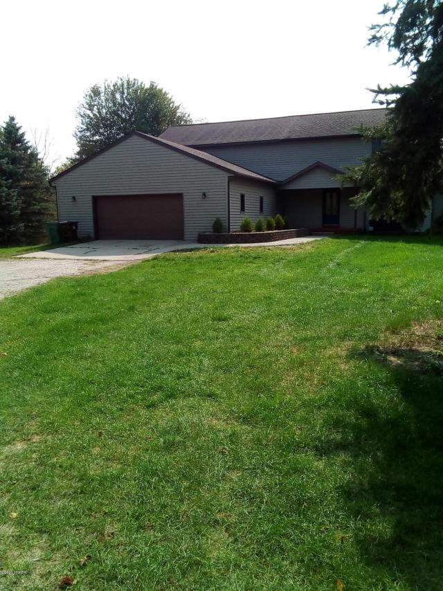 2393 W County Farm Rd Rd Sheridan, MI 48884