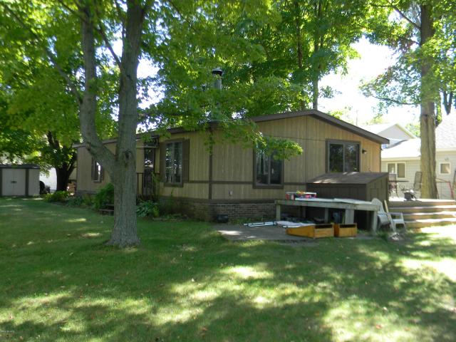 11045 Birch Park  Stanwood, MI 49346