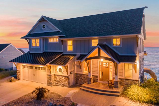 18085 N Shore Estates Rd Spring Lake, MI 49456