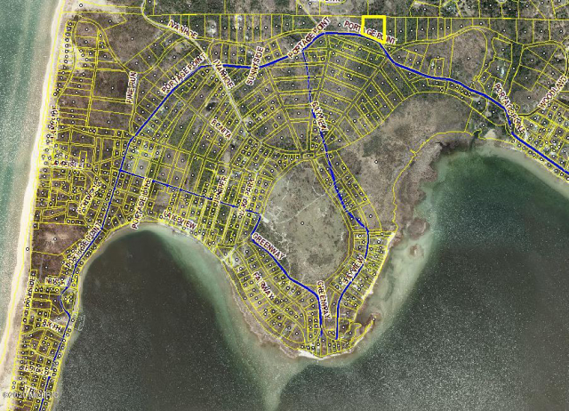 35 Acres Portage Point Dr Onekama, MI 49675