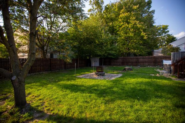 4675 Summer Creek Se Ln Kentwood, MI 49508