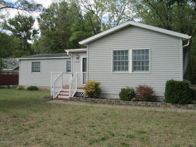 3953 Oak St Sawyer, MI 49125