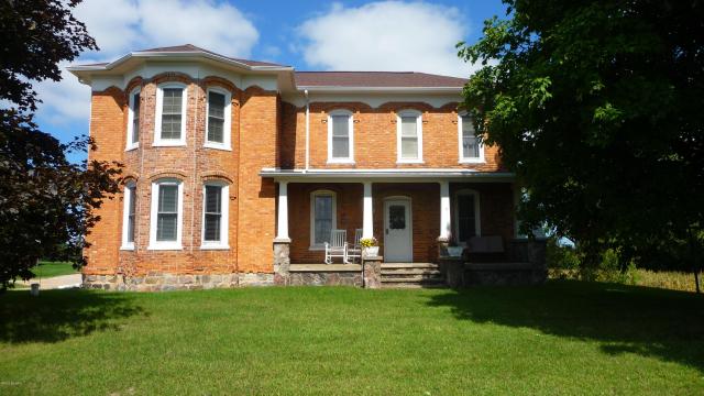 1564 W Blanchard Rd Mount Pleasant, MI 48858