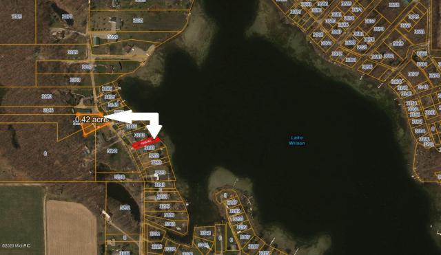 3156 Lake Dr Hillsdale, MI 49242