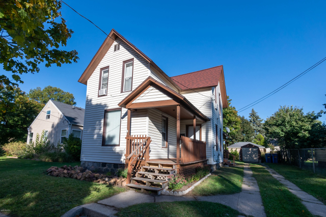 206 Ives Sw Ave Grand Rapids, MI 49504