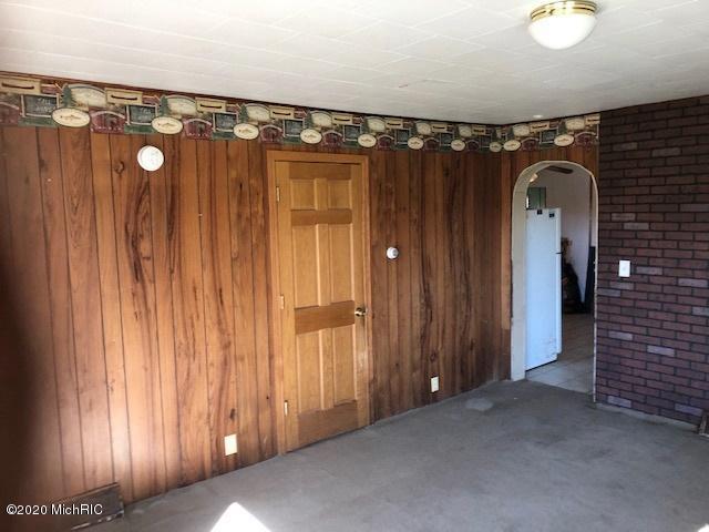 6757 N Greenville Rd Lakeview MI 48850