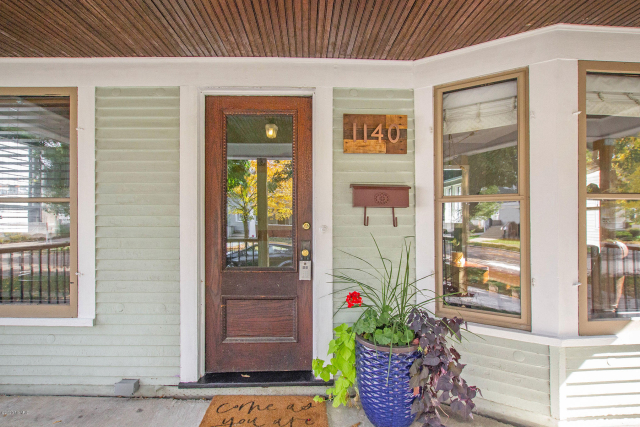 1140 Powers Nw Ave Grand Rapids, MI 49504