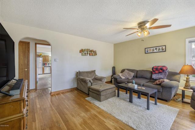 1837 Cedar Ave Muskegon MI 49445