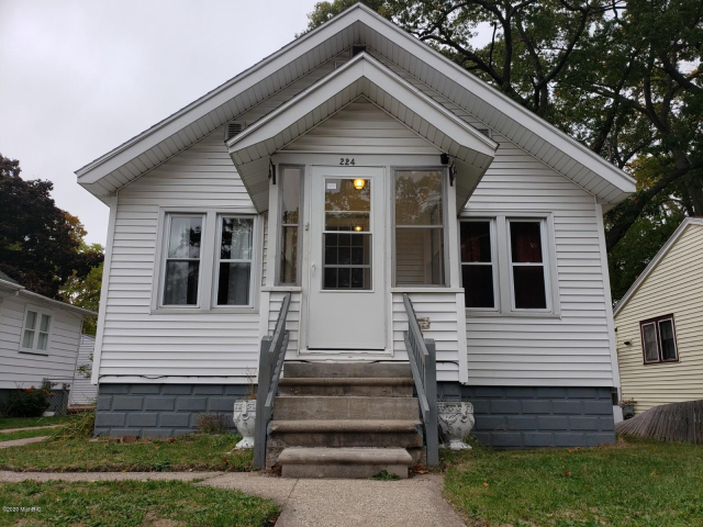 224 E Lincoln Ave Muskegon Heights, MI 49444