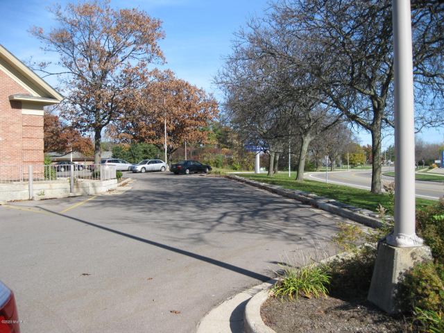 101 E Crosstown Parkway Kalamazoo, MI 49001