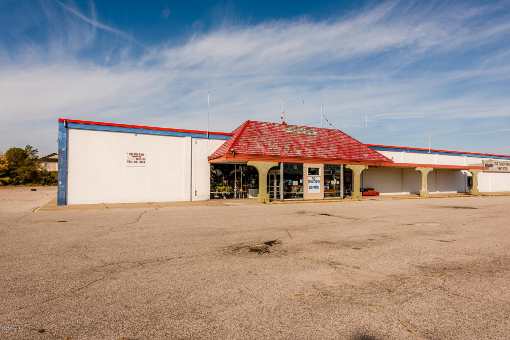 1804 M-139 Highway Benton Harbor MI 49022