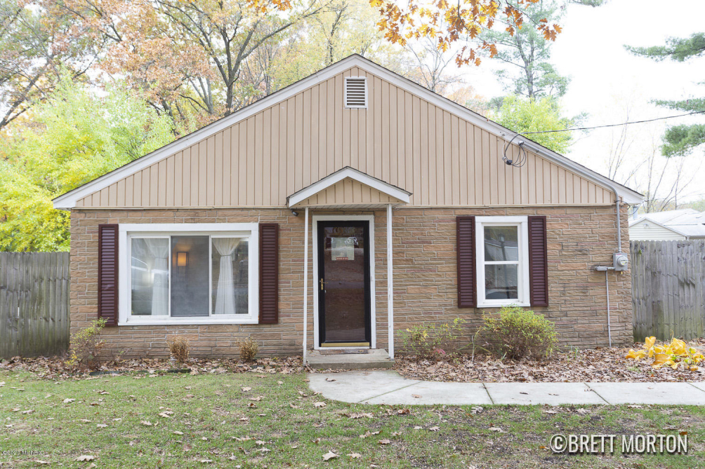 4721 Potter Se Ave Kentwood, MI 49548