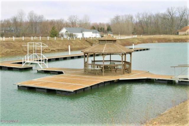 646 Swan River Dr Benton Harbor, MI 49022