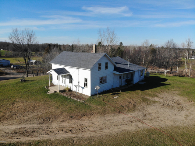 18444 70th Ave Marion, MI 49665