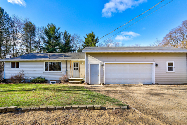 8365 2nd Ave West Olive, MI 49460