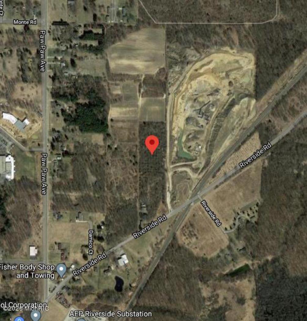 1748 Riverside Rd  Benton Harbor MI 49022