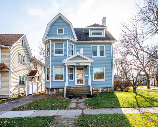 508 E Michigan Ave Marshall, MI 49068