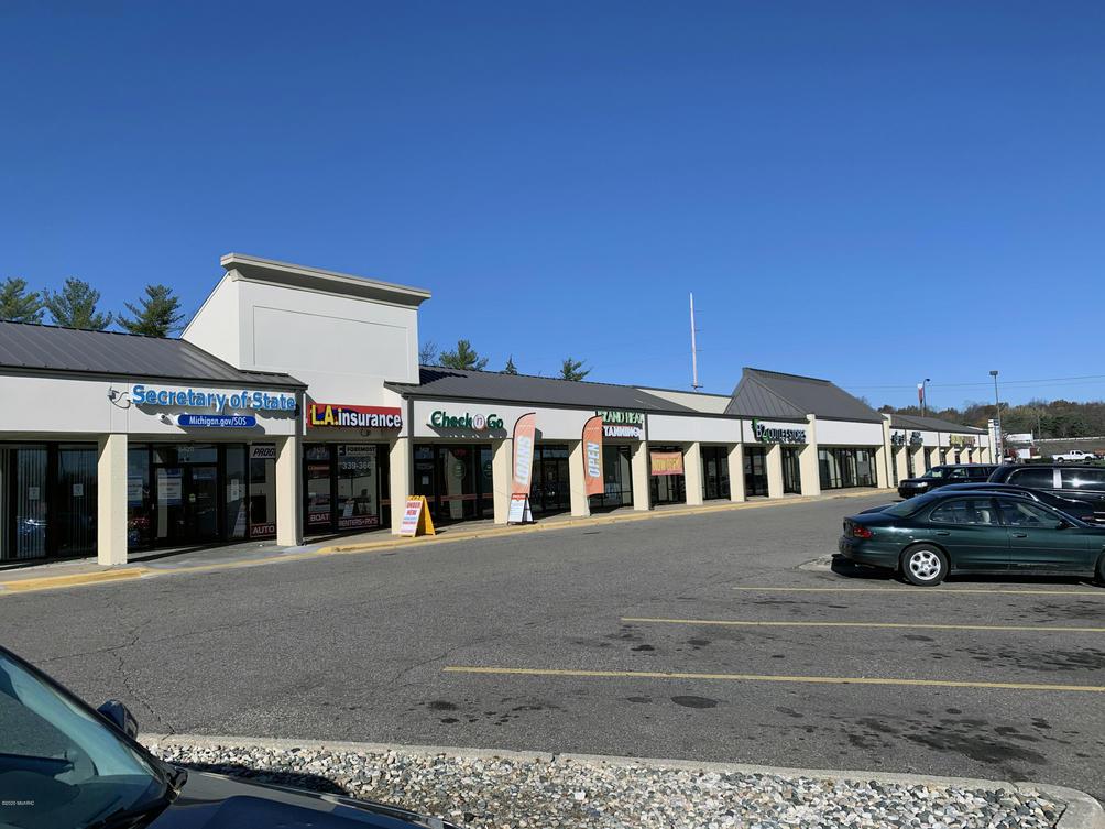 5420-5466 Beckley Rd Battle Creek, MI 49015