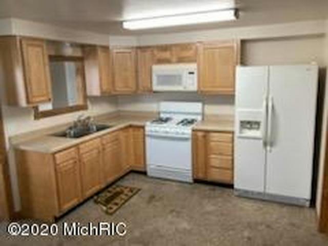 105 W Chicago Rd Allen, MI 49227