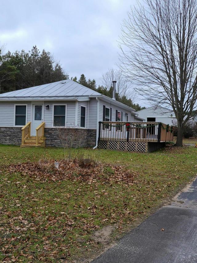 13866 Podunk Ne Ave Cedar Springs, MI 49319