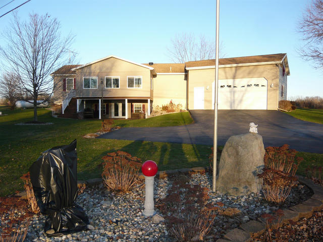 9012 Chief Dr Reading, MI 49274