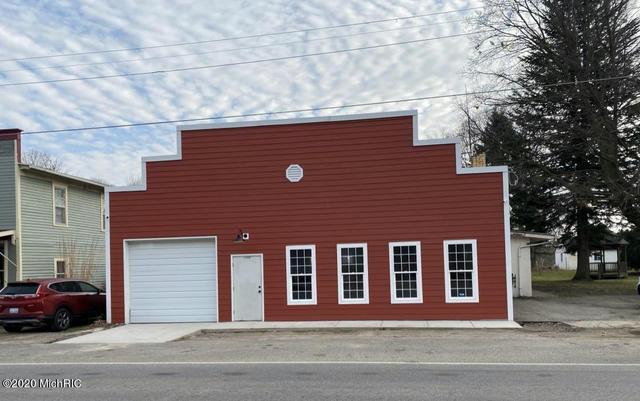 14581 Kellogg School Rd Hickory Corners, MI 49060