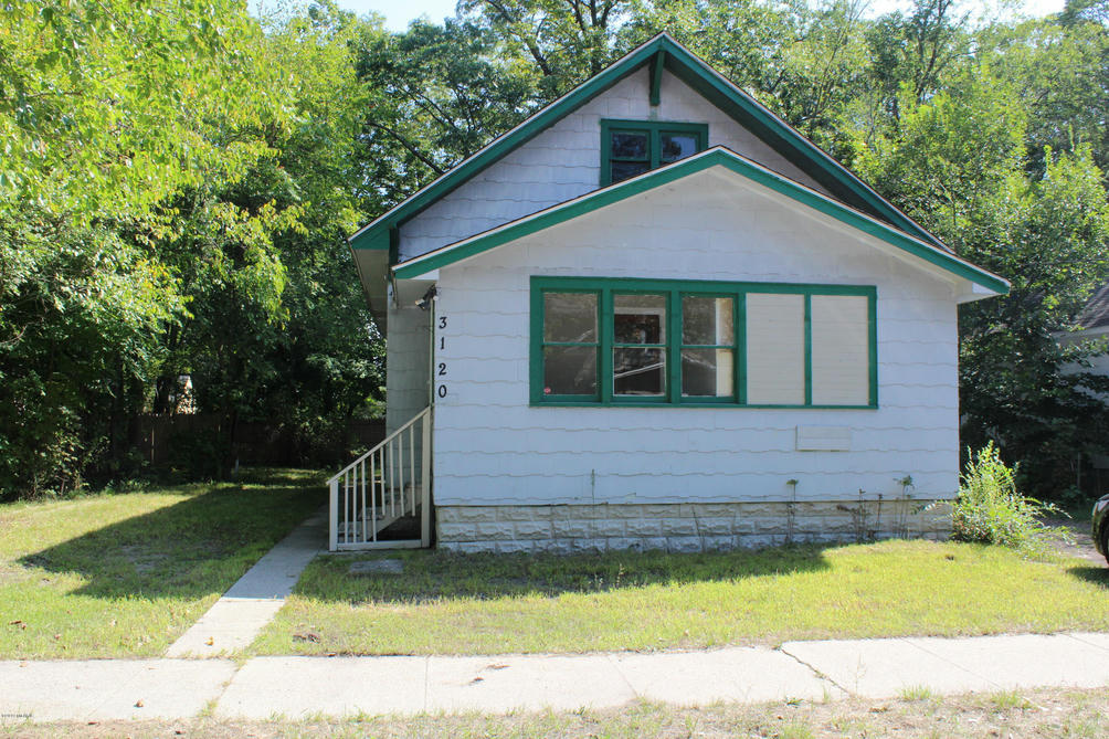 3120 5th St Muskegon Heights, MI 49444