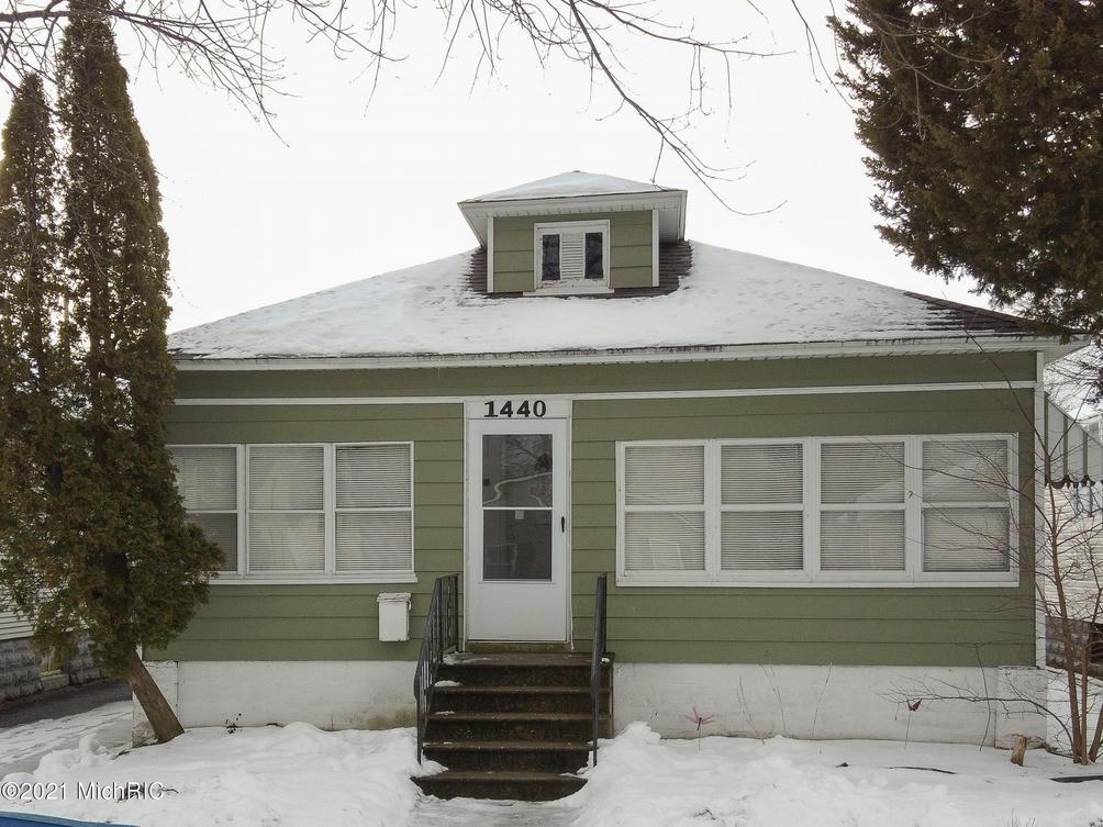 1440 Pennoyer Ave Grand Haven, MI 49417
