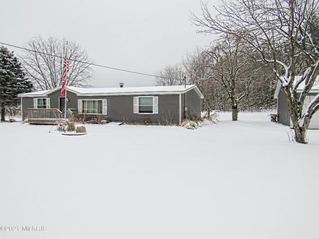 6800 N Moe Rd Middleville, MI 49333