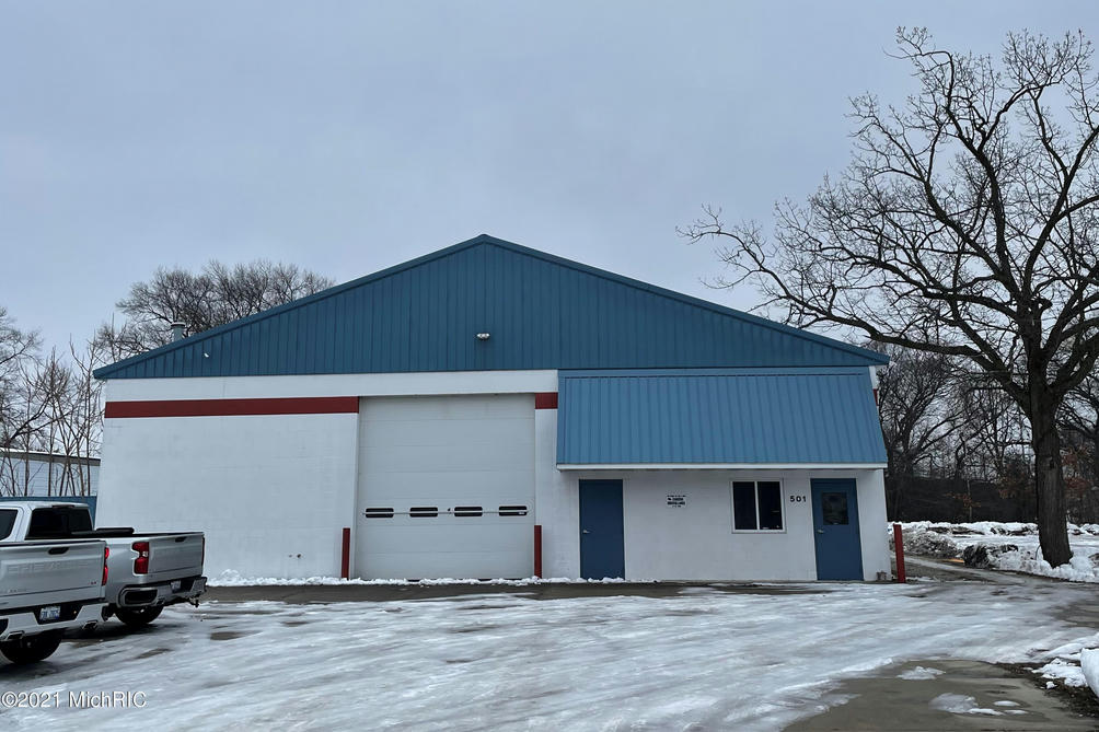 501 W Hovey Ave Muskegon Heights, MI 49444