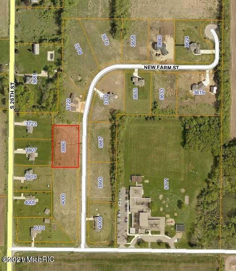 3880 New Farm St Kalamazoo, MI 49048