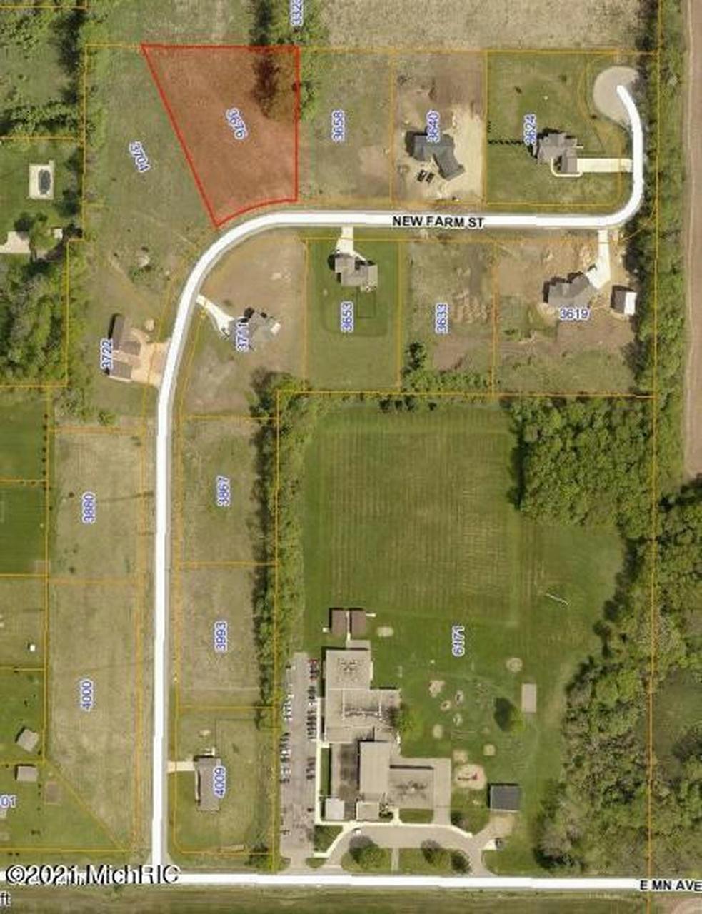 3676 New Farm St Kalamazoo, MI 49048
