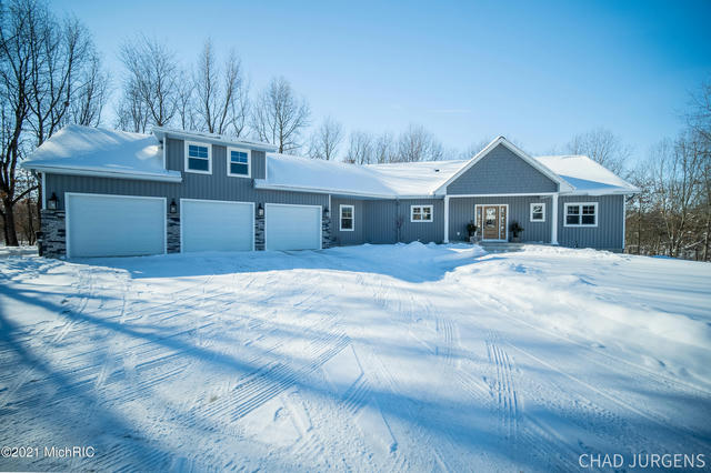 8056 Buttrick Ridge Trail Alto, MI 49302