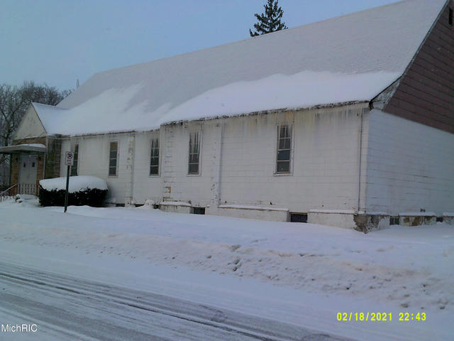380 S Mccord St Benton Harbor, MI 49022