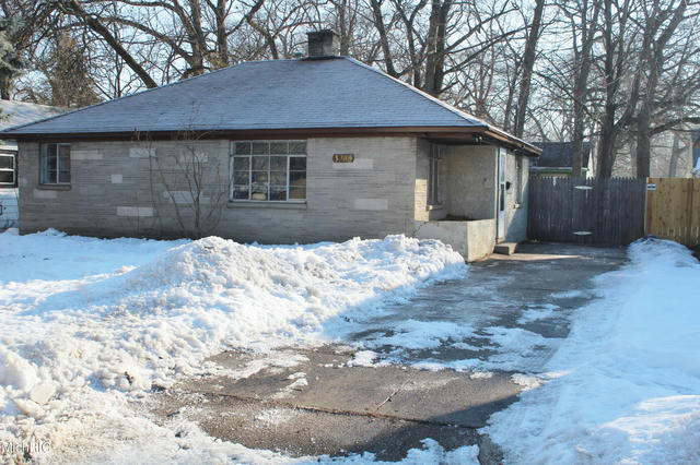 3366 6th St Muskegon Heights, MI 49444
