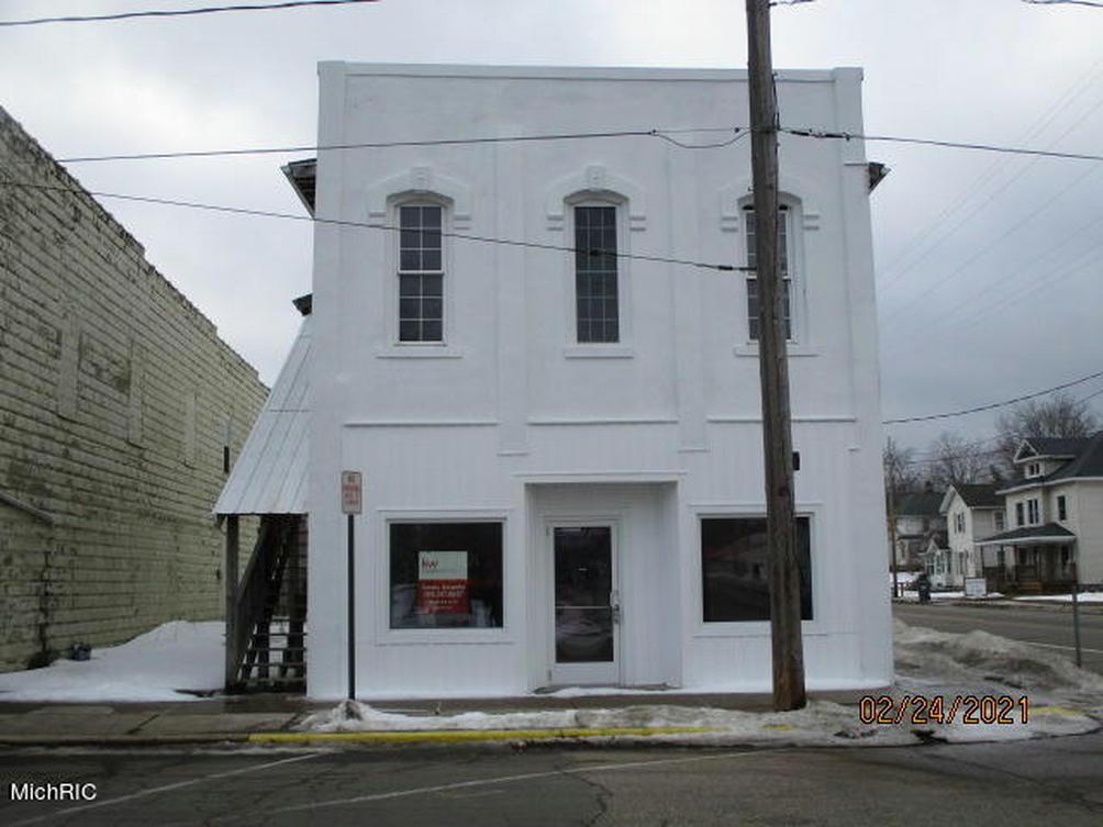 100 S Webster St Augusta, MI 49012