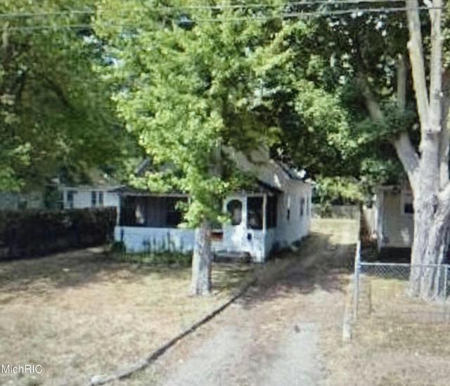 208 Grenville St Battle Creek, MI 49014