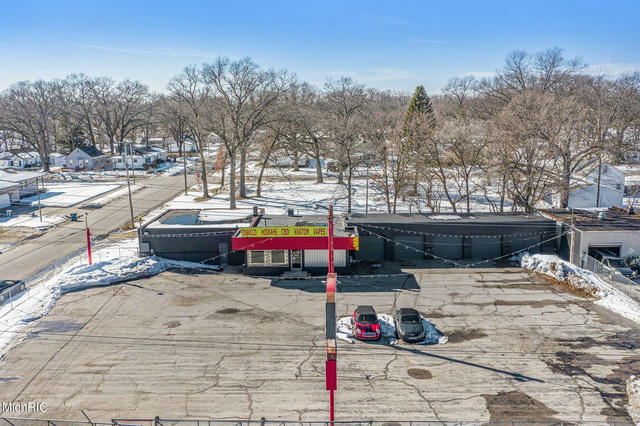 2045 S Getty St Muskegon Heights, MI 49444
