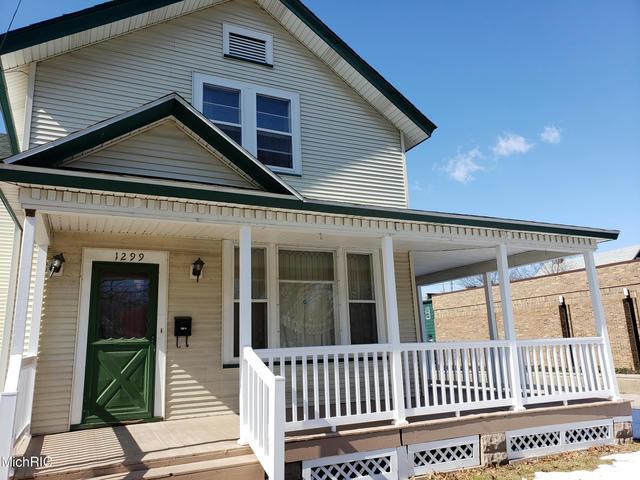 1299 Peck Street St Muskegon, MI 49441