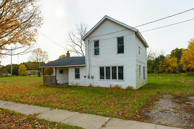 704 White Oak St Decatur, MI 49045