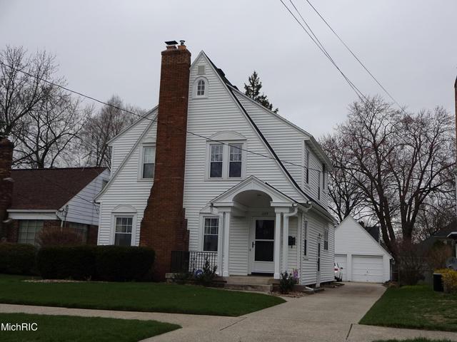 645 Griswold Se St Grand Rapids, MI 49507